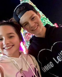 The most of Hannie fans think tha Hannie is a relationship but Annie and Hayden said that the have a very good and strong friendship. What do you think guys? Annie Leblanc 2017, Annie Leblanc Outfits, Hayley Leblanc, Annie Grace, Annie Lablanc, Young Youtubers, Her Annies, Henry Danger, Norman