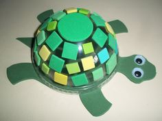 Amphibians - Preschool Theme: T is for TURTLE craft kit Preschool Crafts, Crafts For Kids, Arts And Crafts, Rainbow Fish Crafts, Turtle Crafts, Cup Crafts, Reptiles And Amphibians, Animal Crafts, Craft Kits