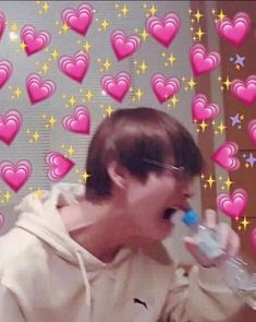 """BTS thanked the president for mentioning us. They even said ""our armys"". OUR Remember during their wings tour, Taehyung keeps saying ""Armys, you belong to us."" We belong to BTS. Yoonmin, Kpop, Bts Emoji, Taehyung, Heart Meme, Bts Face, Bts Meme Faces, Cute Love Memes, Bts Memes Hilarious"