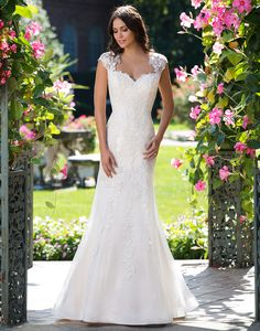 New Bridal Gown Available at Ella Park Bridal   Newburgh, IN   812.853.1800   Sincerity - Style 3933