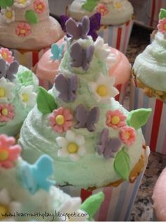 Butterfly cupcakes and more |  #Butterfly #cupcakes #more