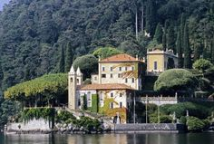 Lake Como the celebrities' Italian paradise   Elite Travel Guide - is a variety of travel, lifestyle tips and more.