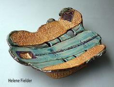 https://www.facebook.com/HeleneFielderSculptures/photos/a.337208779738491.1073741830.305710089555027/637258126400220/?type=1