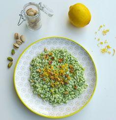 Riso al pesto di rucola e pistacchi con zeste di limone