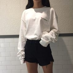 Black and White outfit Korean fashion K Fashion, Ulzzang Fashion, Asian Fashion, Fashion Outfits, India Fashion, Korean Fashion Winter, Korean Fashion Trends, Korean Street Fashion, Korean Winter