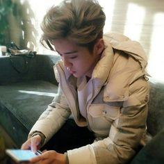 160117 Luhan - QZone Live chat --- DO U KNOW HOW HANDSOME YOU R . . . . #AdminSH  #3yearswithEXO #exo #exok #exom #kai #sehun #baekhyun #chanyeol #suho #kyungsoo #kris #lay #chen #luhan #xiumin #tao #SMEXO_NEWS