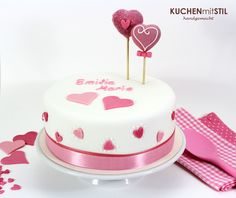 www.KUCHENmitSTIL.at Tauftorte Baby Girl Cake christening Cake Baby Girl Cakes, Christening Party, Edible Art, Fondant Cakes, Cake Pops, Baby Shower, Desserts, Fun, Cakes