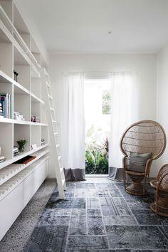 The library in a WONDERful Residence in Prahran, Victoria, Australia, photo © Christine Francis
