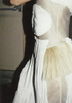 petrole:  helmut lang fall winter 2004/05 ad campaign by juergen teller