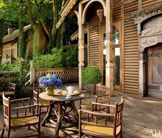 Discover how these outdoor spaces, terraces, and patio designs from Architectural Digest create the perfect atmosphere for lounging, entertaining, or dining alfresco Backyard Gazebo, Pergola Patio, Indoor Outdoor Living, Outdoor Spaces, Outdoor Decor, Porches, Marrakech, Teak Outdoor Furniture, Architectural Digest