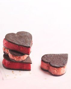 Sorbet Sandwich Cookie Hearts, for you and the sweetheart of your choice! ?