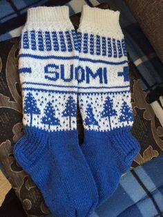 Suomisukat Gloves, Socks, Winter, Fashion, Winter Time, Moda, Fashion Styles, Sock, Stockings