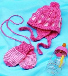 This fun pair of knit mittens and hat will be perfect for a favorite baby in your life.