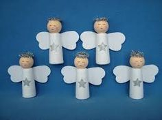 Easy Christmas Crafts, Diy Christmas Ornaments, Christmas Angels, Christmas Holidays, Advent, Wooden Pegs, Bible Crafts, Xmas Decorations, Holidays And Events