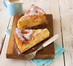 Elma mevsimi devam ediyor. Burada önerebileceğim bu pasta tarifi aile ve dost toplantılarınızda çok popüler olacaktır. Üstelik yapımı da ...