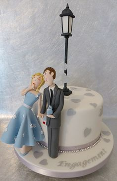 """""""Will you marry me?"""" Sweet Engagement Cake!"""