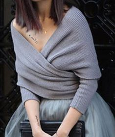 Elegant Low-Cut V-Neck Solid Color Wrapped Sweater For Women