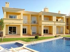 1 bedroom apartment with pool in Vilamoura, Loulé, Algarve, Portugal - With panoramic golf view, 1,5 Km away from 5 international golf courses, 3 min away from Casino and famous Falésia beach. - http://www.portugalbestproperties.com/component/option,com_iproperty/Itemid,7/id,574/view,property/#