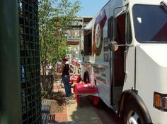 Food Trucks at Miller Plaza on Fridays, Chattanooga, Photo by Harvey Weiss - Check out our favorite: A Taste of Argentina! Chattanooga Restaurants, Chattanooga Tennessee, Restaurant Offers, Food Trucks, Places To Eat, Recreational Vehicles, Family Travel, Stuff To Do, Road Trip