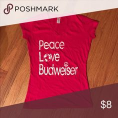 Budweiser T-shirt No rips, tears, or stains. Tops Tees - Short Sleeve