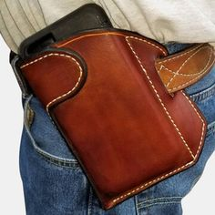 Edc, Cow Leather, Leather Bag, Leather Wallets, Coton Vintage, Phone Packaging, Phone Holster, Retro Shorts, Mocassins Cuir