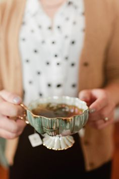 """I do love my tea... Have my special tea cups...no """"mugs"""" for this purest! ha I drink it in mugs, too, but do admit to loving the fragile tea cups I have...very soulful."""