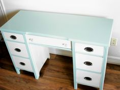 Annie Sloan Chalk Paint: Provence and Old White to create a nice Tiffany Blue.