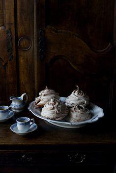 Chocolate swirl meringues