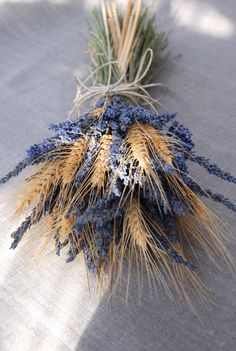 Brides Bouquet of Lavender and Wheat Custom Made Handtied Wedding Dried Flower Bouquet - Easy flowers Lavender Bouquet, Dried Flower Bouquet, Flower Bouquet Wedding, Dried Flowers, Bridal Flowers, Bride Bouquets, Bridesmaid Bouquet, Wheat Wedding, Fall Wedding