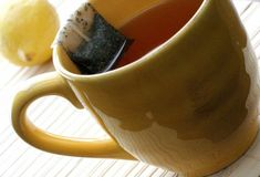 the tea bag was introduced in 1908 by Thomas Sullivan of New York. Organizing Your Home, Household Items, Crafty, Mugs, Tableware, Sachets, Compost, York, Insects