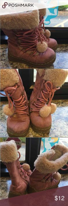 MK kids toddler pink boots 8 MK kids toddler pink boots 8, pre-owned Michael Kors Shoes Boots
