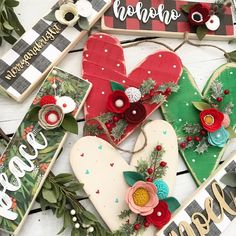 Christmas hearts and more skinny, free standing signs are coming tomorrow to the shop @5PM PST!! Your gifting game is gonna be strong this year❤️🎄😏!! Christmas Hearts, Christmas Wood, Christmas In July, Christmas Projects, Christmas Ideas, Felt Projects, Wood Projects, Holiday Signs, Christmas Signs