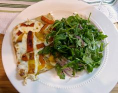 What's For Dinner Wednesday: Roasted Pepper & Mozzarella Pizza with Arugula Salad