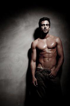 尋找我們可愛的蜀黍~~帥大叔 Men Are Men, Romance, Perfect Man, Hot Boys, Fitness Inspiration, Beautiful Men, Sexy Men, Statue, Guys