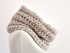 Hey, I found this really awesome Etsy listing at https://www.etsy.com/listing/209685800/chunky-circle-scarf-tube-scarf-knit-cowl