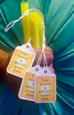 Highlighters for JW Pioneer School. (Like these tags) Jw Pioneer, Pioneer Gifts, Pioneer School Gifts Jw, Jw Gifts, Craft Gifts, Best Gifts, Bible School Crafts, Sunday School Crafts, Jw Convention