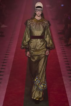 Gucci - Spring 2017 Ready-to-Wear - gold and all the metallics are set to stay for 2017