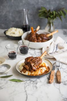 Lamb shanks with red wine, rosemary & bay leaves in the Instant Pot
