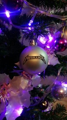 heavy metal christmas metallica art diys rock bands decorating ideas king - Metallica Christmas Songs