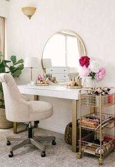 20 Best Makeup Vanities & Cases for Stylish Bedroom 20 Best. - 20 Best Makeup Vanities & Cases for Stylish Bedroom 20 Best Makeup Vanities & - Home Design, Interior Design, Design Ideas, Room Interior, Stylish Bedroom, Diy Bedroom, Farm Bedroom, Feminine Bedroom, Neutral Bedrooms