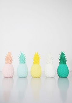 lampes Piña colada par Goodnightlight    La tendance ananas Pina Colada, Ikea Deco, Turbulence Deco, Tropical, Room Lamp, Tumblr Wallpaper, Deco Design, Decoration, Art Images