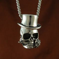 Antique Silver Steampunk Skull Pendant Necklace on Antique Silver Chain $60.00 USD Approximately £37.60 GBP Click here to have a look at all our other Skull pendants - www.etsy.com/shop/LostApostle?section_id=8028308