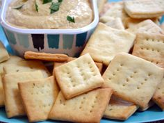 Homemade rosemary crackers perfect for dipping or snacking. Homemade Crackers, Homemade Hummus, Homemade Breads, Homemade Food, Vegetarian Recipes, Snack Recipes, Savory Snacks, Sweet Recipes, Bon Appetit