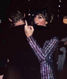 Estilo Taylor Swift, Long Live Taylor Swift, Taylor Swift Pictures, Taylor Alison Swift, Young Taylor Swift, Taylor Swift Fashion, Taylor Swift Outfits, Taylor Swift Style, Ian Curtis
