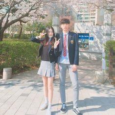 Ulzzang Korea, Korean Ulzzang, Couple Ulzzang, Ulzzang Girl, Kpop Couples, Cute Couples, Ulzzang Fashion, Korean Fashion, Korean Friends