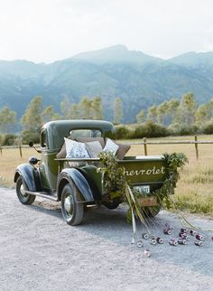 jackson hole getaway car, old green chevrolet. pic by carrie patterson Antique Trucks, Vintage Trucks, Wedding Getaway Car, Destination Wedding, Wedding Car Decorations, Wedding Exits, Wedding Cars, Wedding Locations, Wedding Transportation