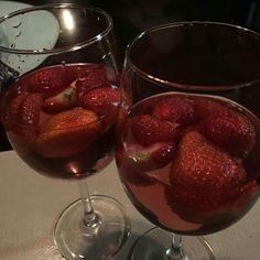 #divineworld #strawberries #wine