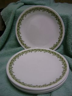 Looking for 7 salad plates