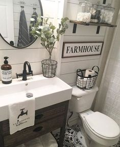 Nice 60 Inspiring Farmhouse Bathroom Remodel Ideas https://homeylife.com/60-inspiring-farmhouse-bathroom-remodel-ideas/
