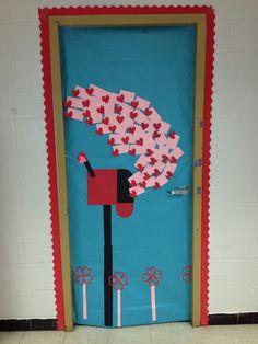 Valentine's Day classroom door ❤️